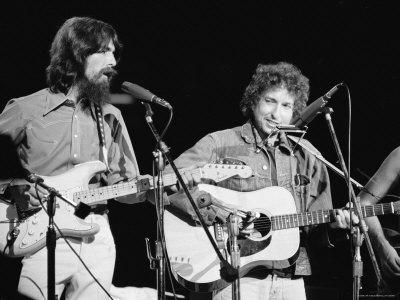 George Harrison e Bob Dylan sul palco del Madison Square garden