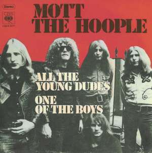 "Il 45 giri di ""All The Young Dudes"" dei Mott The Hoople (Columbia, 1972)"