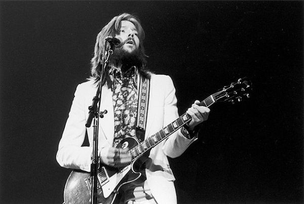 Londra, 13 gennaio 1973: Eric Clapton sul palco del Rainbow Theatre